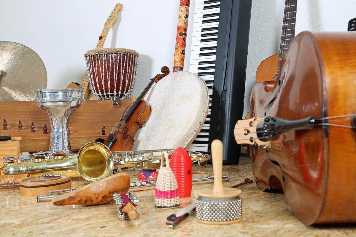 Cómo proteger instrumentos musicales en tu trastero
